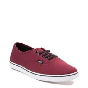 Vans maroon Lo pro skate shoes